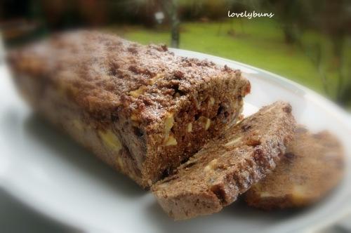 ~high fiber fruit medley loaf~
